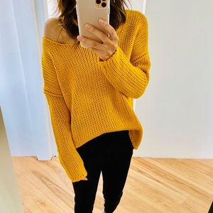 Cable knitted off the shoulder sweater
